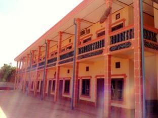 Phetsamone Guesthouse