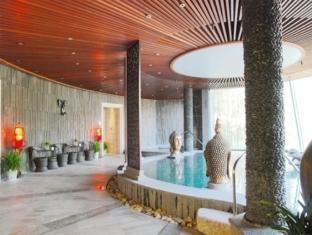 Nanjing Ziqinghu Hotspring Hotel - Nanjing