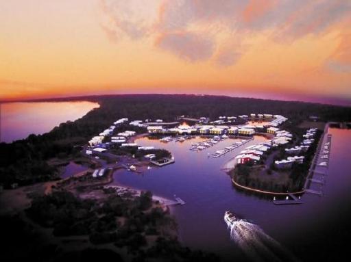 book Stradbroke Island hotels in Queensland without creditcard