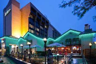 Booking Now ! Radisson Hotel Milwaukee West