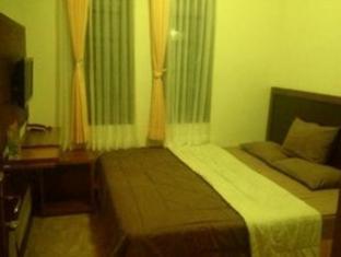Villa Dispi Setiabudi Bandung - Guest Room