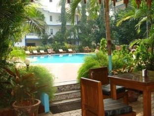 Resort Mello Rosa North Goa - Sit Out
