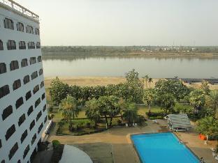 ロイヤル メコン ノンカイ Royal Mekong Nongkhai Hotel