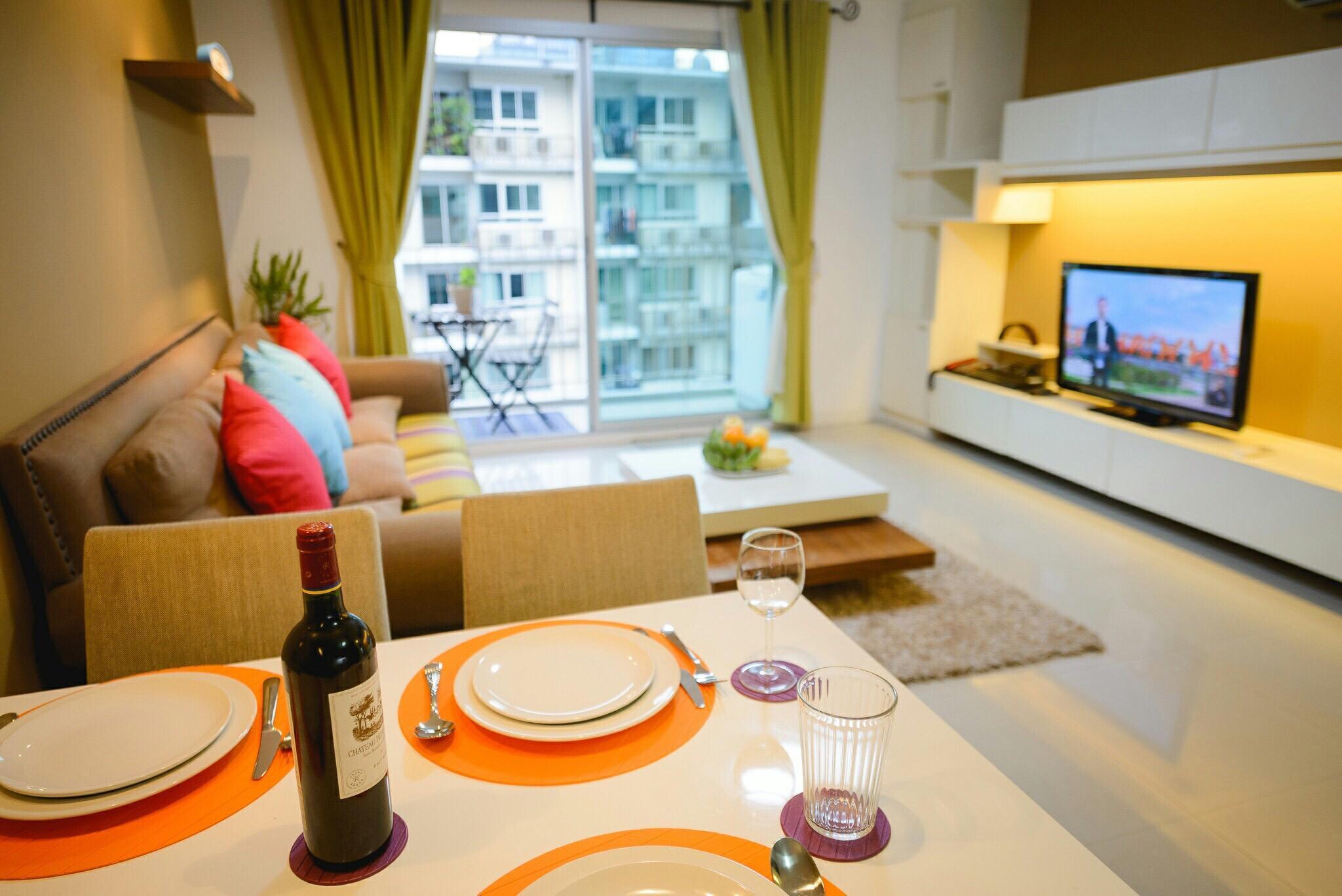 อพาร์ตเมนต์ 2 ห้องนอน 2 ห้องน้ำส่วนตัว ขนาด 73 ตร.ม. – รัชดาภิเษก