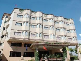 Vishnupriya Hotel