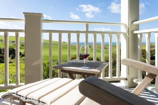 Best PayPal Hotel in ➦ Matauri Bay: