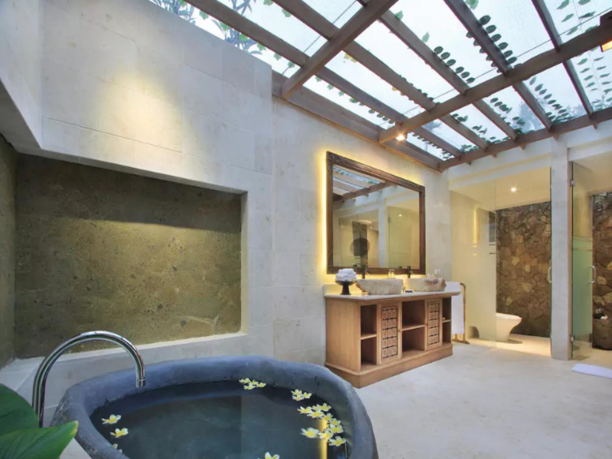 Luxurious Private Pool Villa Ubud Center