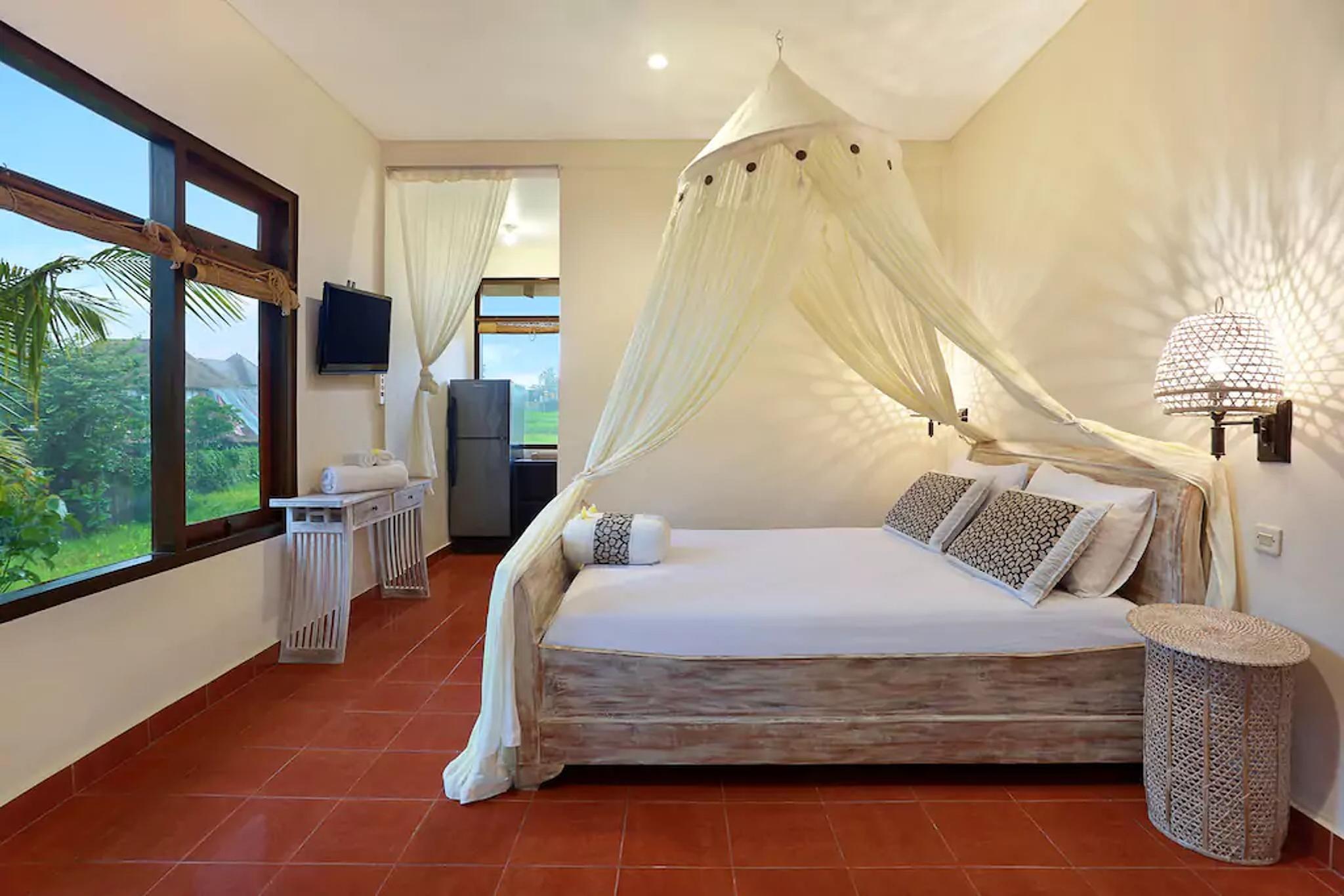 Danaya's cottage room 2