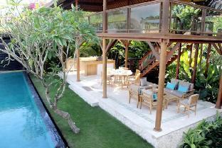 [チャングー](500m²)  5ベッドルーム/5バスルーム Tenang, Luxury 6 Bedroom Villa,Retreat,Batu Bolong - ホテル情報/マップ/コメント/空室検索