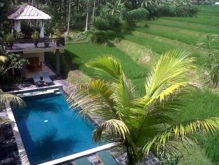 Biyukukung Suites & Spa Bali - Swimming Pool