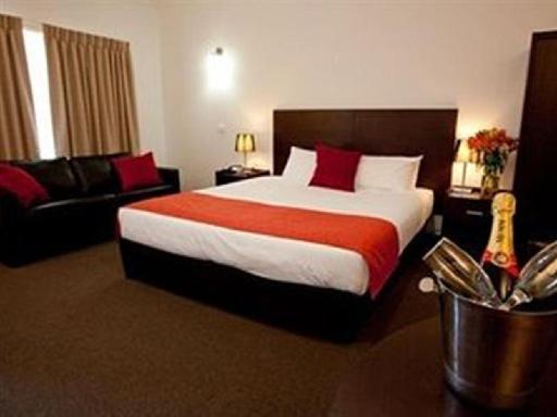 Mercure Port Of Echuca Hotel PayPal Hotel Echuca