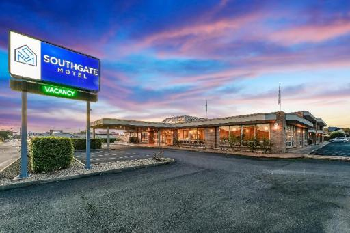 Best guest rating in Mount Gambier ➦ Red Carpet Motel takes PayPal