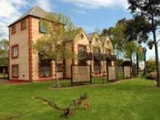 Best guest rating in Old Reynella ➦  takes PayPal