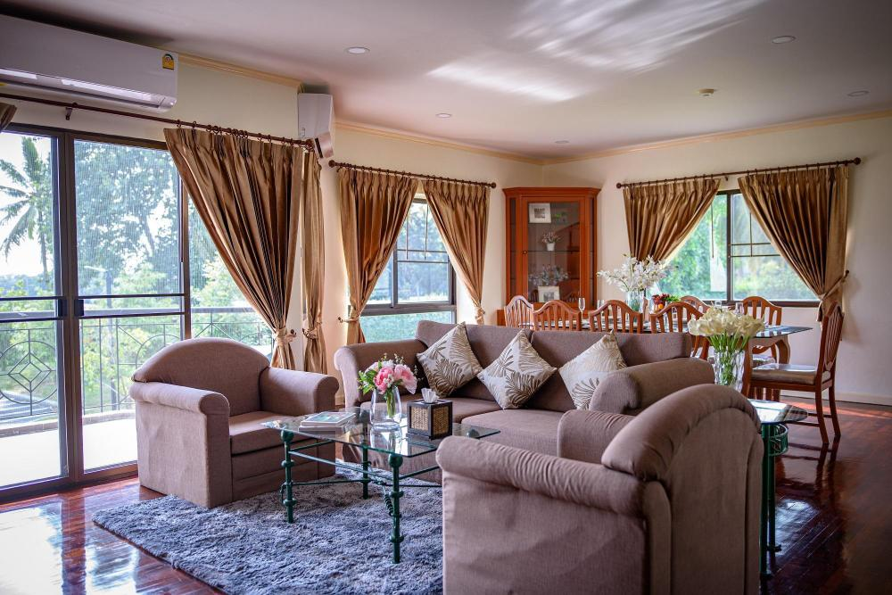 Seastar Hotel And Service Apartment
