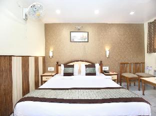OYO 7445 Hotel Amritsar Residency Амритсар