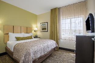 Candlewood Suites Jefferson City - Jefferson City, MO 65109