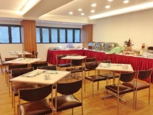 Caritas Bianchi Lodge Hotel Гонконг - Їжа та напої