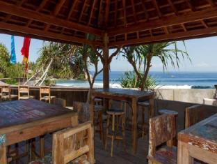The Palms Ceningan Hotel Bali - The Bale