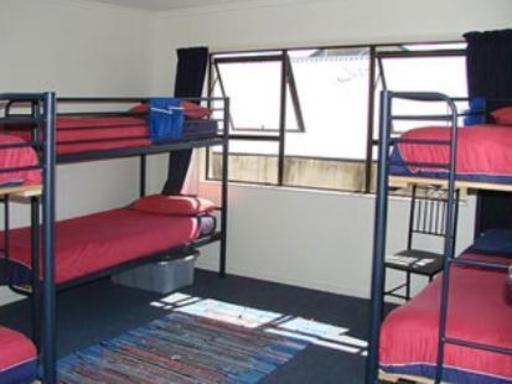 Hat Trick Lodge PayPal Hotel Motueka