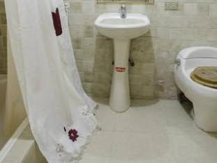 Goya Suites And Apartments Guayaquil - Bathroom