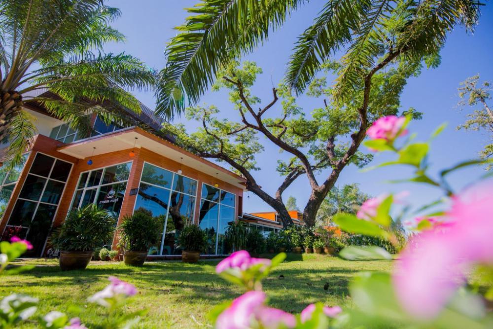 Baansuan Khunta Golf & Resort