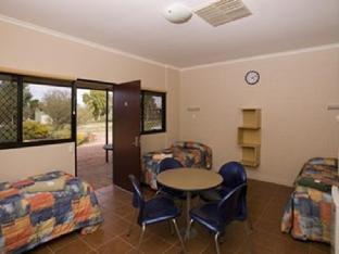Kings Canyon Resort2