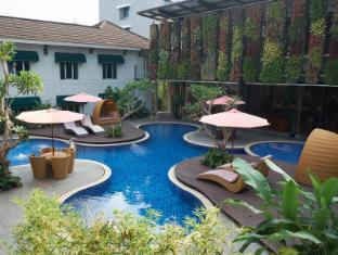 Patra Jasa Bandung Hotel - Bandung