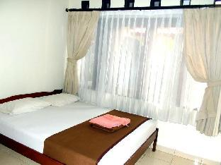 Wisma Puri Larasati Hotel