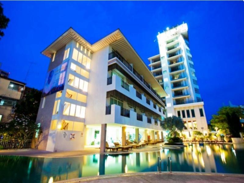 Pattaya Discovery Chic Tower Beach Hotel Pattaya, Thailand: Agoda.com