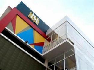 Nozz Hotel