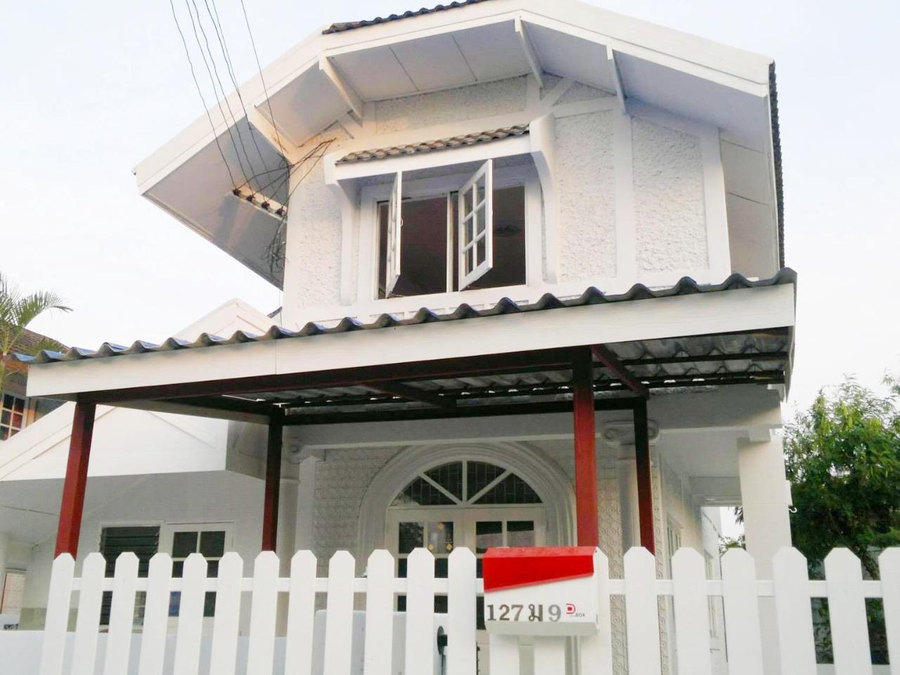 วัตตุย บีช วิลลา จอมเทียน (Vattui Beach Villa Jomtien)