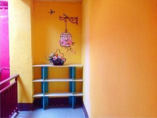ロゴ/写真:Win Backpacker Hostel