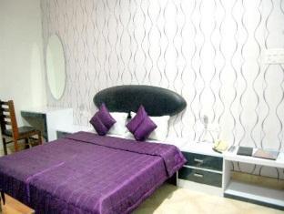 New Tourist Hotel Алвар