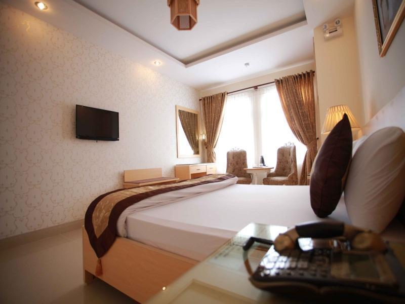 チューリップ II ホテル