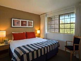 ➦  TFE Hotels    (Queensland) customer rating