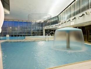 Meriton Grand Tallinn Hotel Tallina - Peldbaseins
