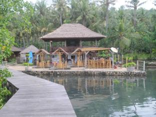 The Jetty Resort