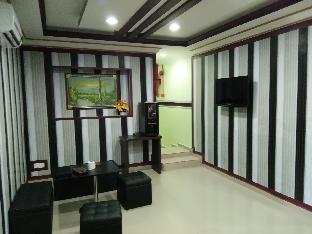 Ezi Hotel