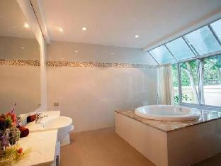 %name Nakawana Villa 5 bedroom Sleeps 12 in Pattaya พัทยา