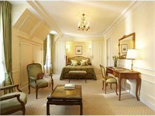 De Crillon Hotel Paris - Deluxe Room