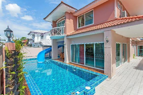 7BR Viewpoint Pool Villa 1 km to Jomtien Beach