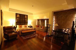 The Lalit Ashok Bangalore Hotel
