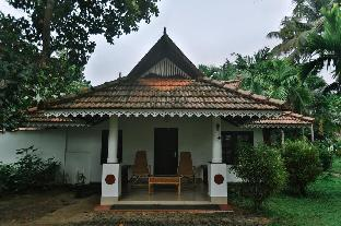 Awesome cottages at Alappuzha Аллеппи