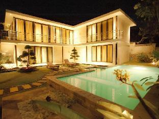 Bali White Villa