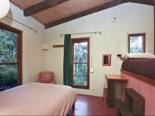 Kanimbla View Clifftop Retreat hotel accepts paypal in Megalong