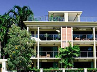 Cairns Beach Holiday Apartment
