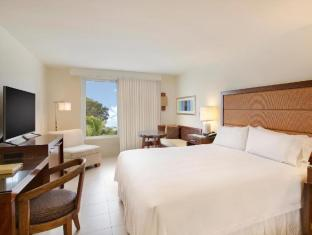 Front view of Casa Marina Key West - A Waldorf Astoria Resort