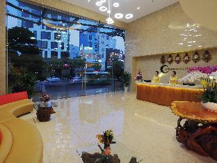 Cosmopolitan Hotel Saigon1