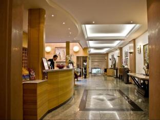 Best Western Le Patio Saint Antoine Parijs - Business Center