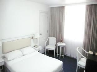 ザ トラベラーズ ホテル The Travellers Hotel